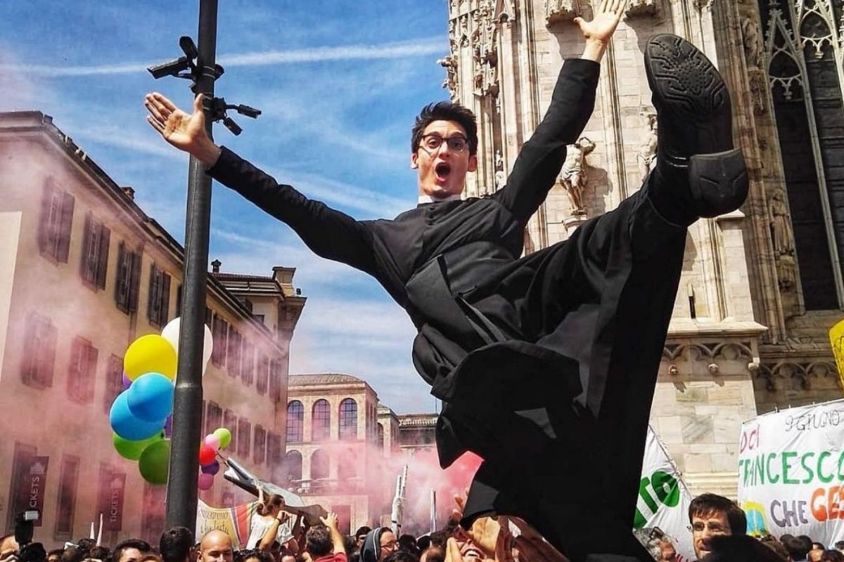 Don Alberto Ravagnani, felice